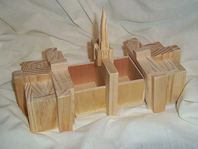 Bountiful temple box shawn 39 s temple boxes for Bountiful storage